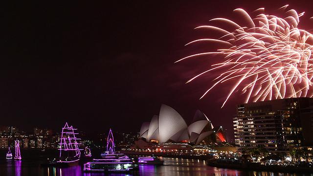 אוסטרליה סידני שנת 2020 מופע זיקוקים סידני לפני מופע הזיקוקים המרכזי (צילום: EPA)