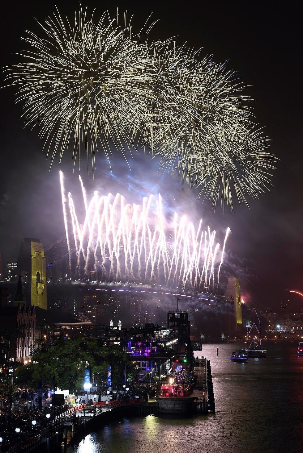 חגיגות שנה חדשה 2020 (צילום: AP)