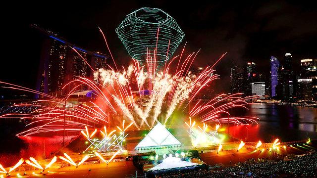חגיגות השנה החדשה 2020 סינגפור (צילום: רויטרס)