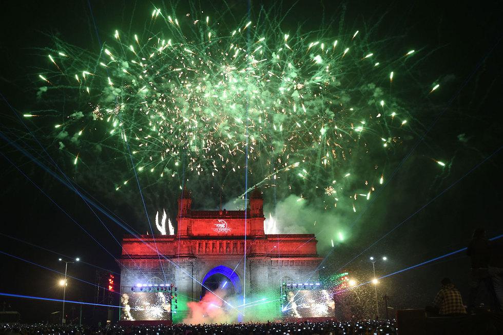 חגיגות השנה החדשה 2020 מומבאי הודו (צילום:  AFP)