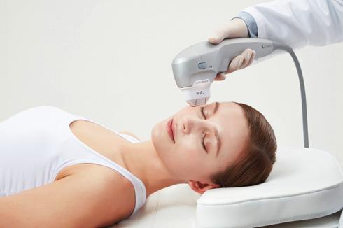 טיפול אולטרפומר לעידוד ייצור קולגן