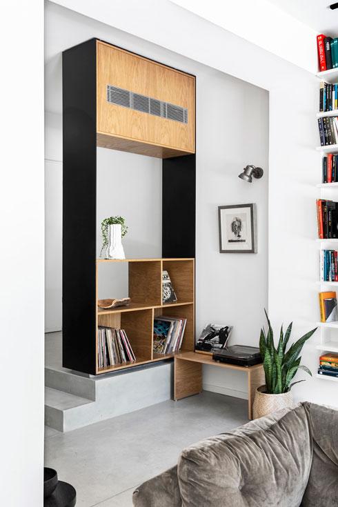 כאן, למשל, נחפרה קומה נוספת, ששילשה את שטח הדירה. לחצו לכתבות המלאות (צילום: איתי בנית)
