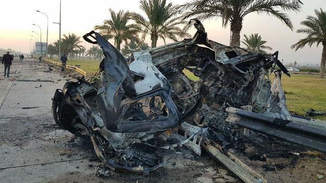 מכונית שבה נסע מפקד כוח קודס קאסם סולימאני חיסול בגדד עיראק ()