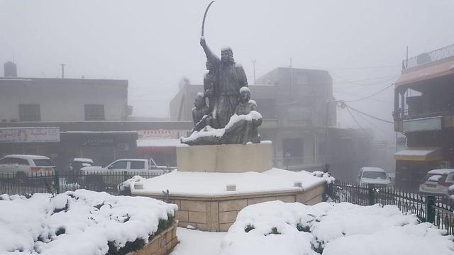שלג במג'דל שמס ()
