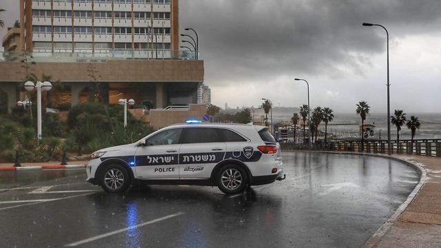 הצפות בתל אביב (צילום: דנה קופל)