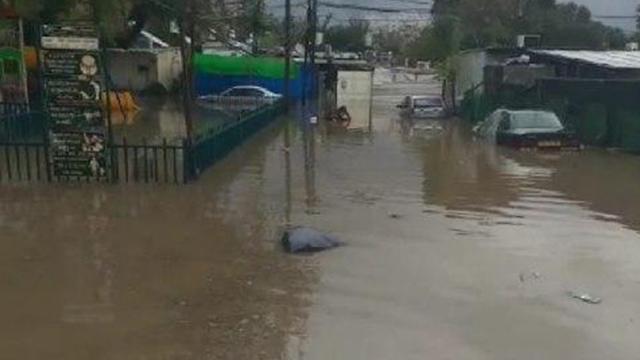 הצפה בשכונת הארגזים בתל אביב (צילום: ליאת ברכה)