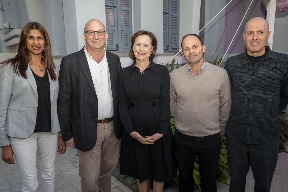 מימין לשמאל: ברק דרור ונדרמן, אלי בוך, פרופ' יפה זילברשץ, תני כ