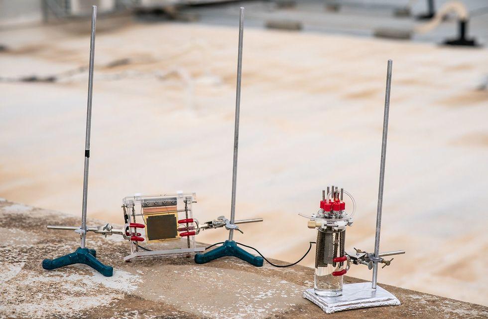 מערכת אב-טיפוס חדשנית להפקה יעילה ובטוחה של מימן באמצעות אנרגיית השמש בלבד (צילום: דוברות הטכניון)