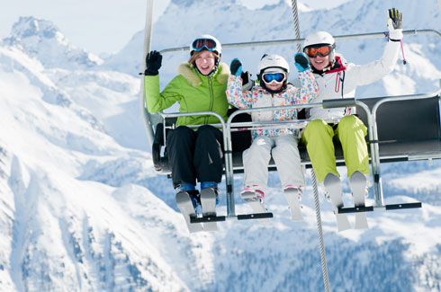גבוה מעל מסלולי הגלישה  (צילום: Shutterstock)