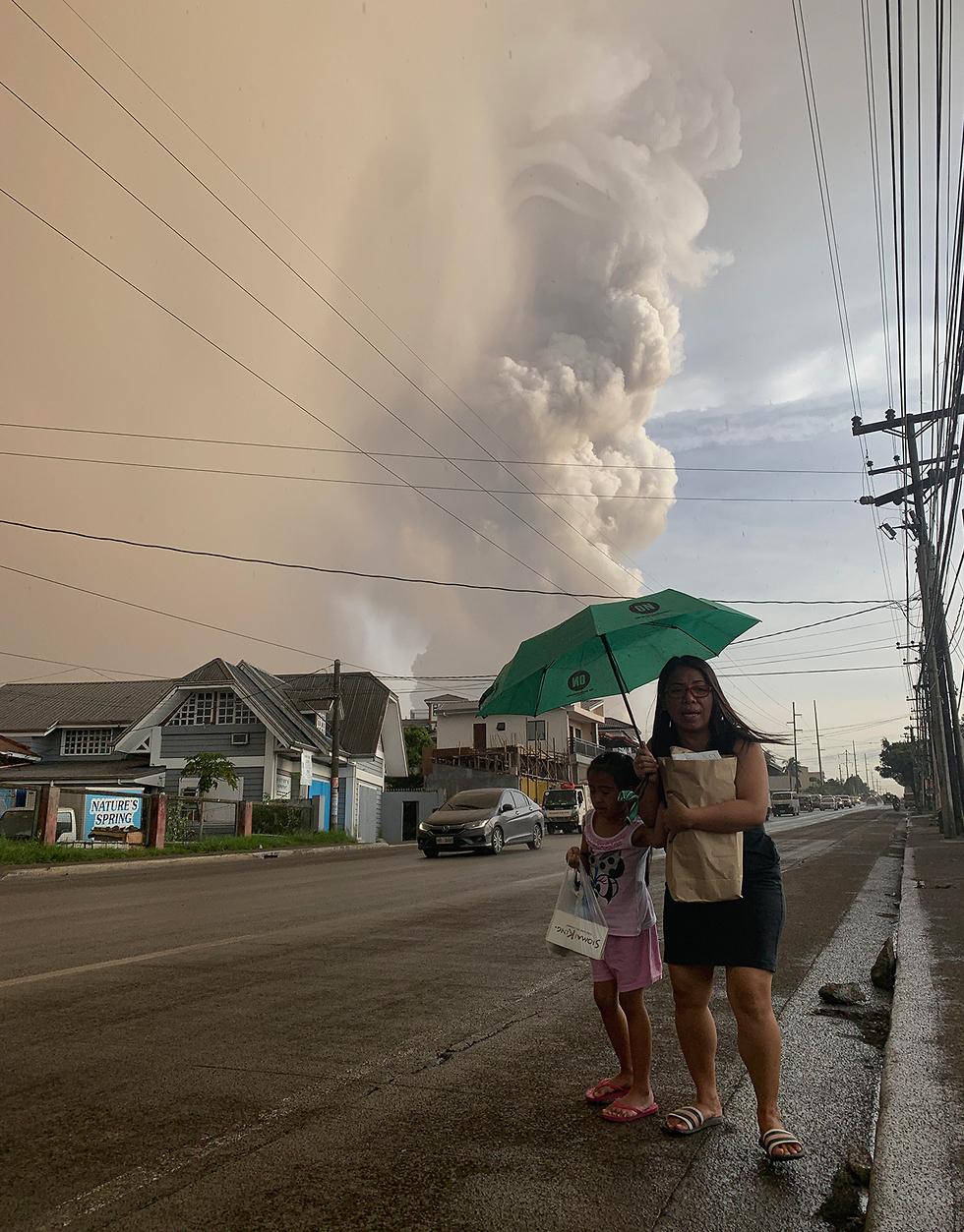 התפרצות הר געש טאאל  (צילום: EPA)