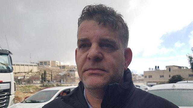 ראיד אבו תאיה, אב של שני תלמידים ()