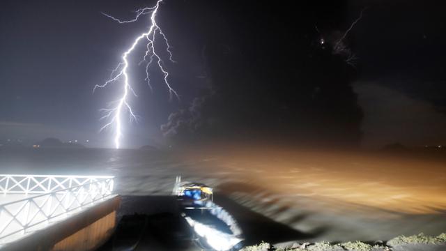 הפיליפינים פיליפינים התפרצות הר געש טאל טגייטיי (צילום: EPA)