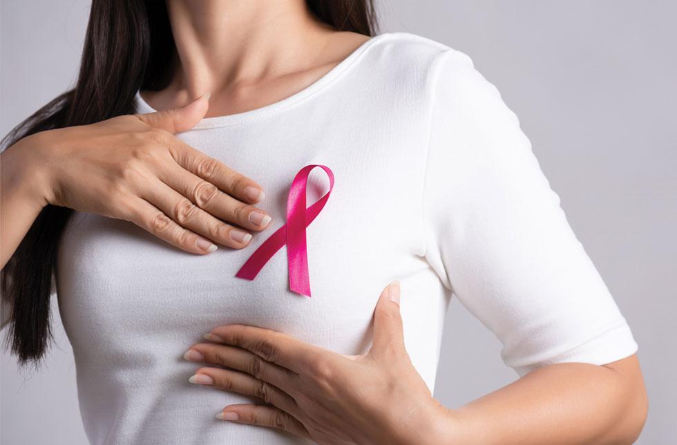 השד מגיב להורמונים הנשיים וכל שינוי עלול לגרום לתופעות כמו כאב וגוש בשד. חשוב לפנות לבדיקות רפואיות ולוודא שלא מדובר בבעיה  (צילום: Shutterstock)