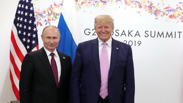 Путин и Трамп на саммите в Осаке. Фото: ЕРА