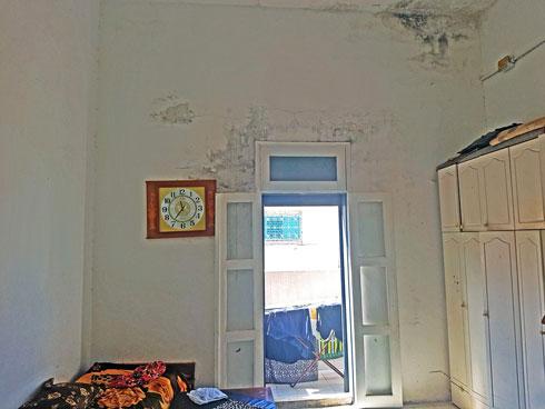 מצב הדירה היה בכי רע (צילום: סמי שלום כנפו)