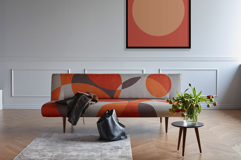 ''אינוביישן'' הציגה ביריד העיצוב IMM בקלן כמה מגמות. אחת מהן היא שימוש בצבעים חמים ועוטפים, כמו זעפרן, פפריקה וצבעי שלכת