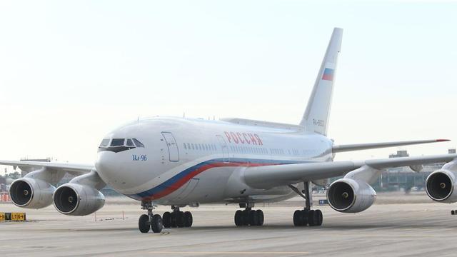 מטוסו של פוטין בנתב