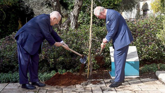 הצהרה משותפת של ראובן ריבלין והנסיך צ'ארלס לקראת פורום השואה הגדול (צילום: רויטרס)
