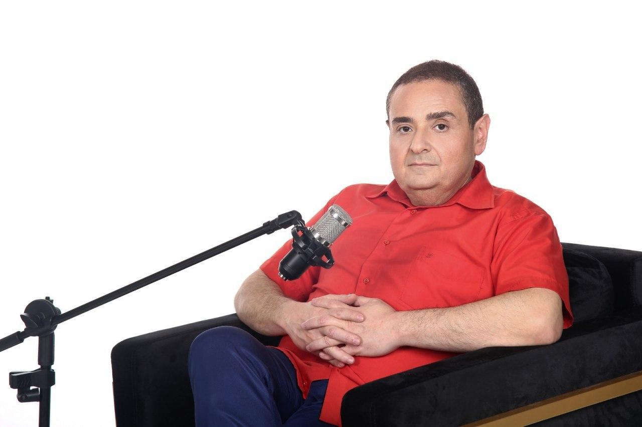 """Цви Зильбер на """"Лучшем радио"""". Фото: """"Лучшее радио"""""""