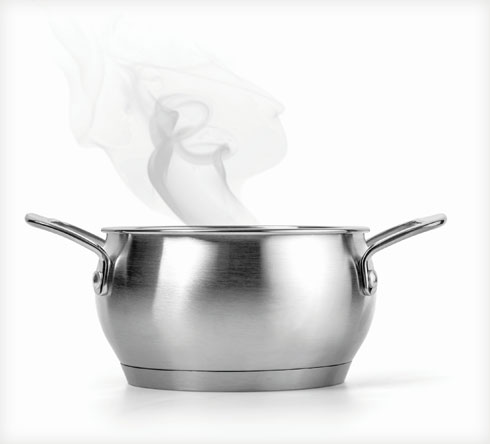 החום מרכך את הליחה ואת הנזלת ועוזר לפתוח את דרכי הנשימה ולהפחית את הגירוי באף (צילום: Shutterstock)