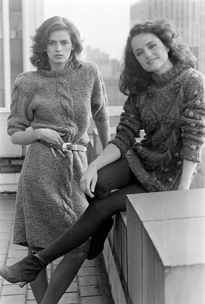 """כמי שניהלה מערכות יחסים עם נשים, ג'יה (משמאל) גם נחשבת לאחת ממובילות """"השיק הלסבי"""", יותר מעשור לפני שנקבע המושג האופנתי הזה (צילום: rex/asap creative)"""