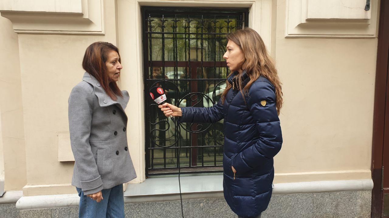 "Яфа Иссахар дает интервью ""Вестям"" и Ynet. Интервьюер: Ноа Лави"