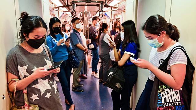 נגיף קורונה תאילנד רכבת בנגקוק (צילום: AFP)
