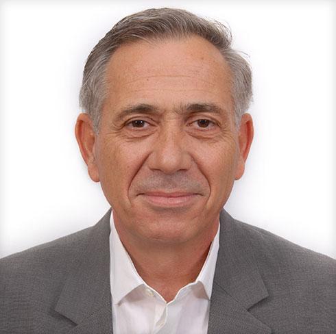 ראש בית הספר, האדריכל פרופ' בני ראובן לוי