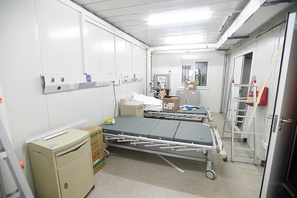 סין בית החולים הואושנשאן ב ווהאן נבנה ב 10 ימים הושלם ב 2 פברואר (צילום: EPA)