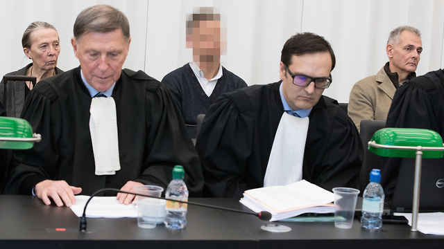בלגיה שלושה רופאים זוכו מאישום הריגה המתת חסד (צילום: AFP)