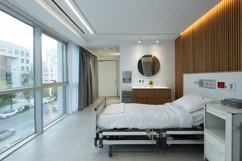 חדר פרטי עם זכוכית חד-כיוונית לפרטיות מושלמת (צילום: גדעון לוין, סטודיו 181 מעלות)