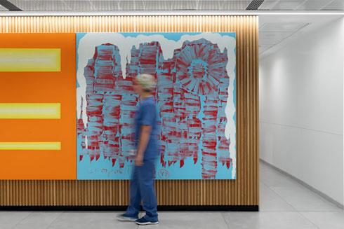 120 עבודות אמנות ישראלית. לא מאוחר להוסיף קרדיטים (צילום: גדעון לוין, סטודיו 181 מעלות)