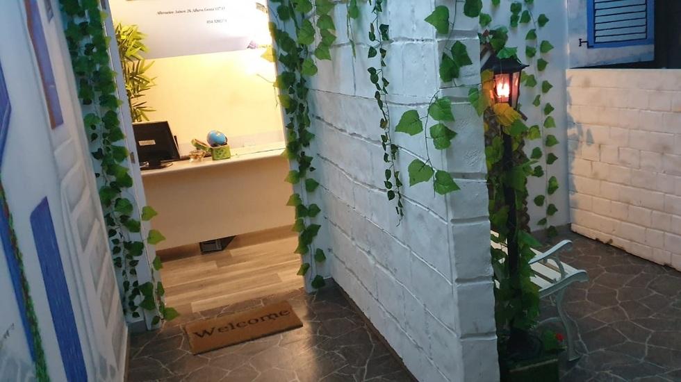 חדר בריחה נגיש בסגנון יווני ()