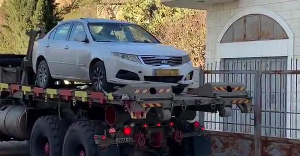 רכב מכונית מחבל פיגוע דריסה ירושלים לוחמים גולני בית ג'אלא סמוך ל בית לחם ()