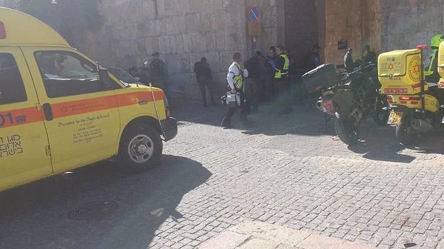 זירת הפיגוע בעיר העתיקה (צילום: אלי פרחי דוברות מד