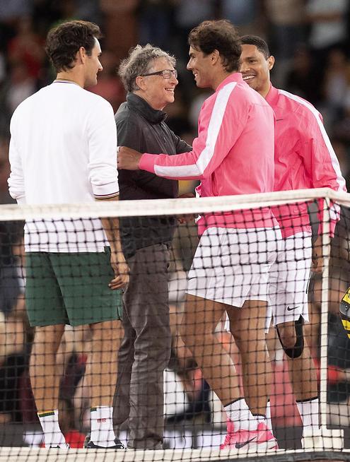 נדאל, גייטס, פדרר ונואה במשחק הזוגות (צילום: EPA)