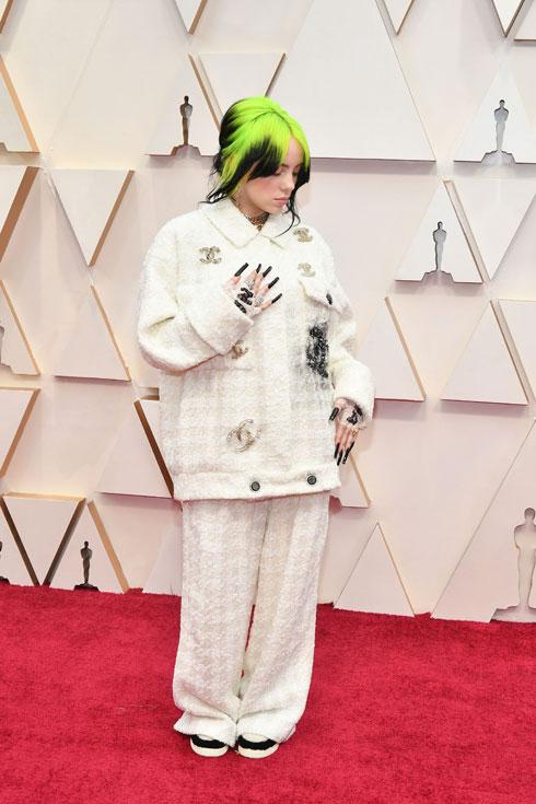 המצטיינת של טקס האוסקר: בילי אייליש לובשת שאנל (צילום: Amy Sussman/GettyimagesIL)