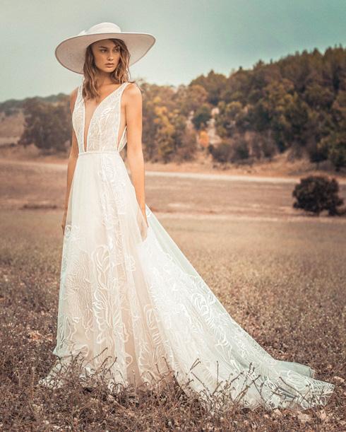 יואב ריש. שמלות כלה במחירים 5,000-1,500 שקל (צילום: אלון שפרנסקי)