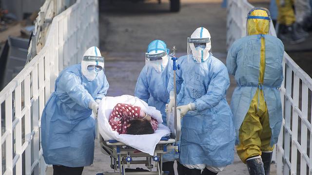בית חולים חדש שני ב ווהאן סין בשם הושנשאן נגיף וירוס קורונה (צילום: AP)