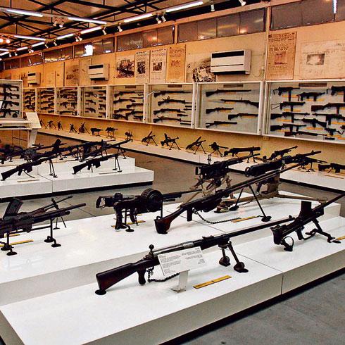 במקום רובים יהיו כאן עבודות אמנות ועיצוב (צילום: עמית שאבי)