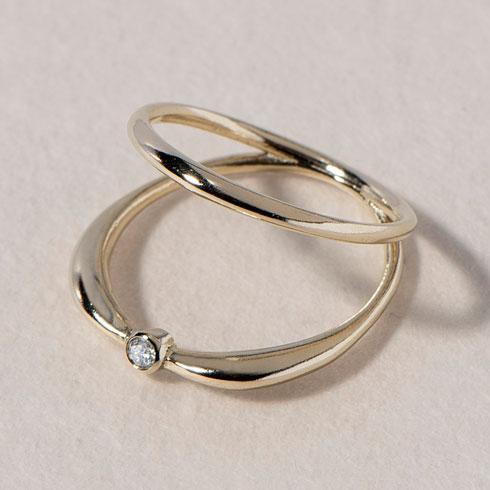 רובי סטאר. בתמונה: טבעת זהב 14 קראט עם יהלום לבן ב-2,380 שקל במקום 2,500 שקל (צילום: אביגייל לוי)