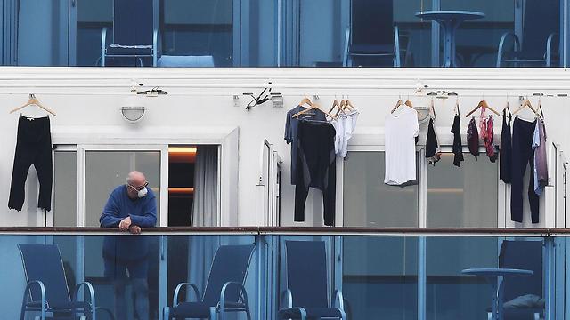 ספינת הקורונה ביפן (צילום: AP)