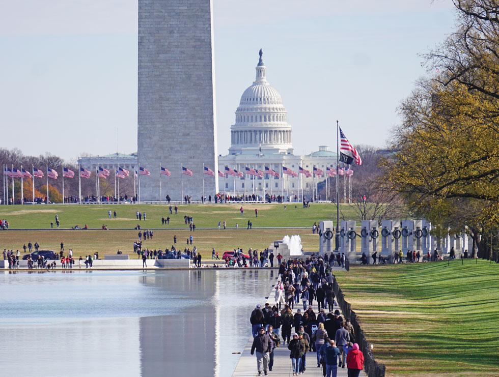 הלב של אמריקה. בניין הקפיטול (הקונגרס) ואנדרטת ג'ורג' וושינגטון (האובליסק)   (צילום: צביקה בורג)