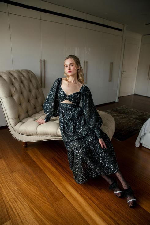 סבינה מוסייב. מכירת סוף עונה של מעצבת האופנה (צילום: רותם לבל)