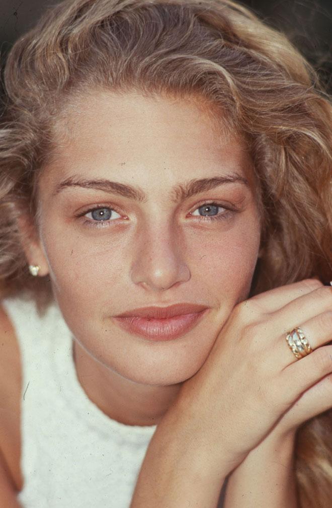 הצליחה בלי שערוריות וסיפורים קורעי לב. 1991 (צילום: שלום בר טל)
