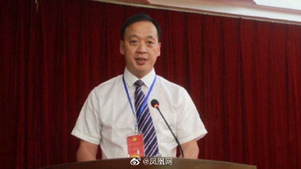 ליו צימינג מנהל בית חולים בעיר ווהאן סין מת מ נגיף קורונה ()