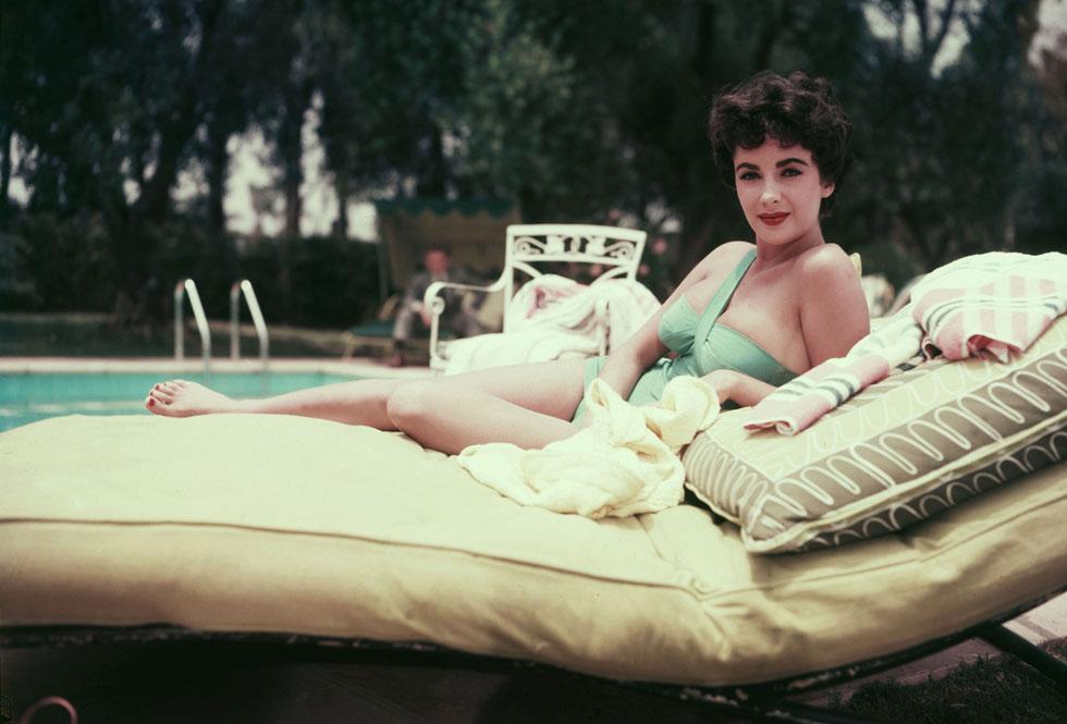 נחשבה לאישה היפה בתבל. אליזבת טיילור, 1950 (צילום: rex/asap creative)