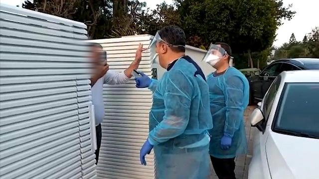 Инспекторы минздрава проверяют соблюдение домашнего карантина