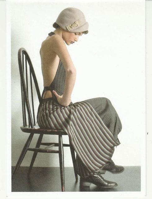 """""""העבר של היצירה שלי נמצא בהווה"""". 2004 (צילום: רוני כנעני)"""