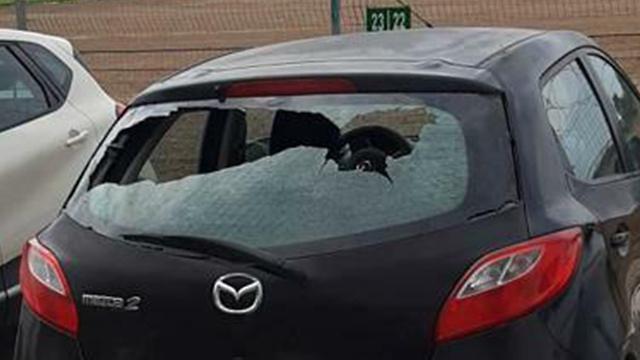 הנזק לרכב (צילום: ביטחון ניר עם)